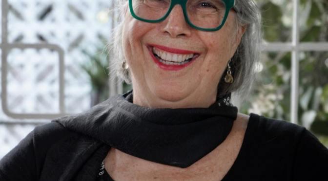 Creativo lanzamiento del nuevo libro de Rosa Luisa Márquez